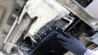 BMW X3 E83 výmena oleja v automatickej prevodovke ZF 6HP s preplachom